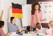 Fotomurales - Teaching kids german